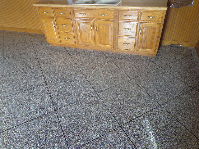 Epoxy Tile Flake Flooring | Monasses Virginia | Tailored Concrete Coatings